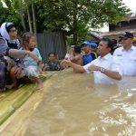 Gubsu Tinjau Banjir Langkat