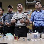 Kampung Kubur Kembali Disisir Polisi | Sembilan Orang Tersangka, Sabu dan 67 Unit Jackpot Diamankan