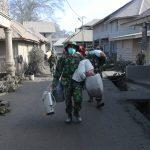 Jangan Lagi Terobos Zona Merah Sinabung | Abu Vulkanik Selimuti Brastagi
