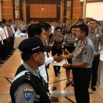 Kapoldasu Beri Penghargaan kepada Personel Berprestasi