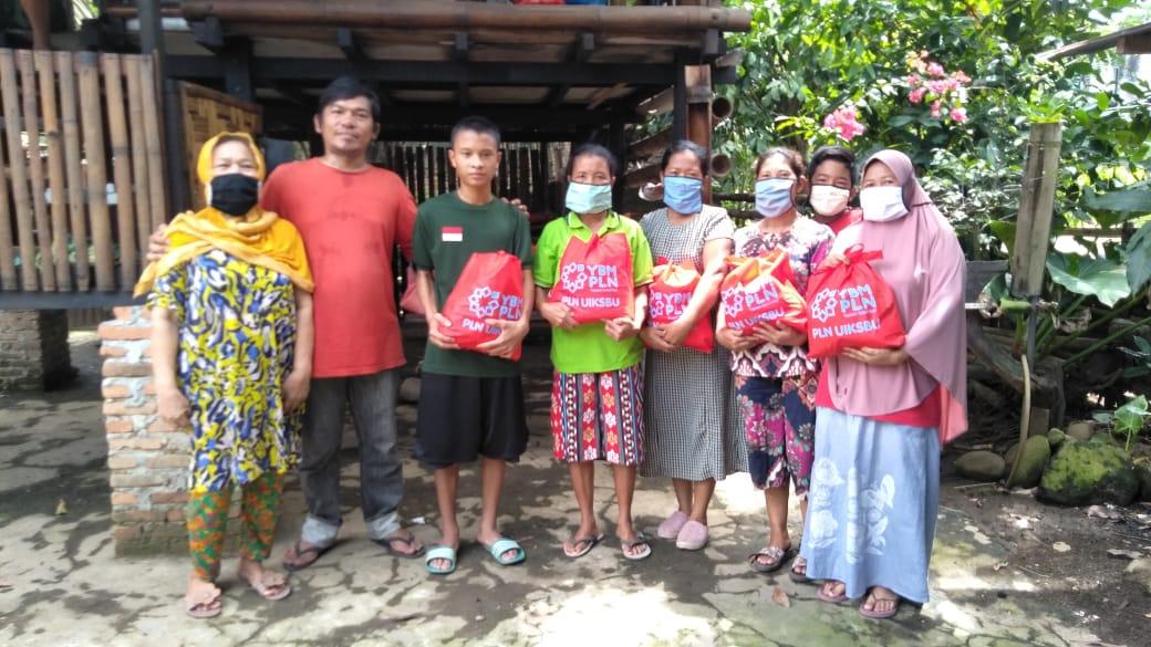 PLN UIKSBU Siapkan 1.450 Paket Sembako Bantu Masyarakat Terdampak Covid-19