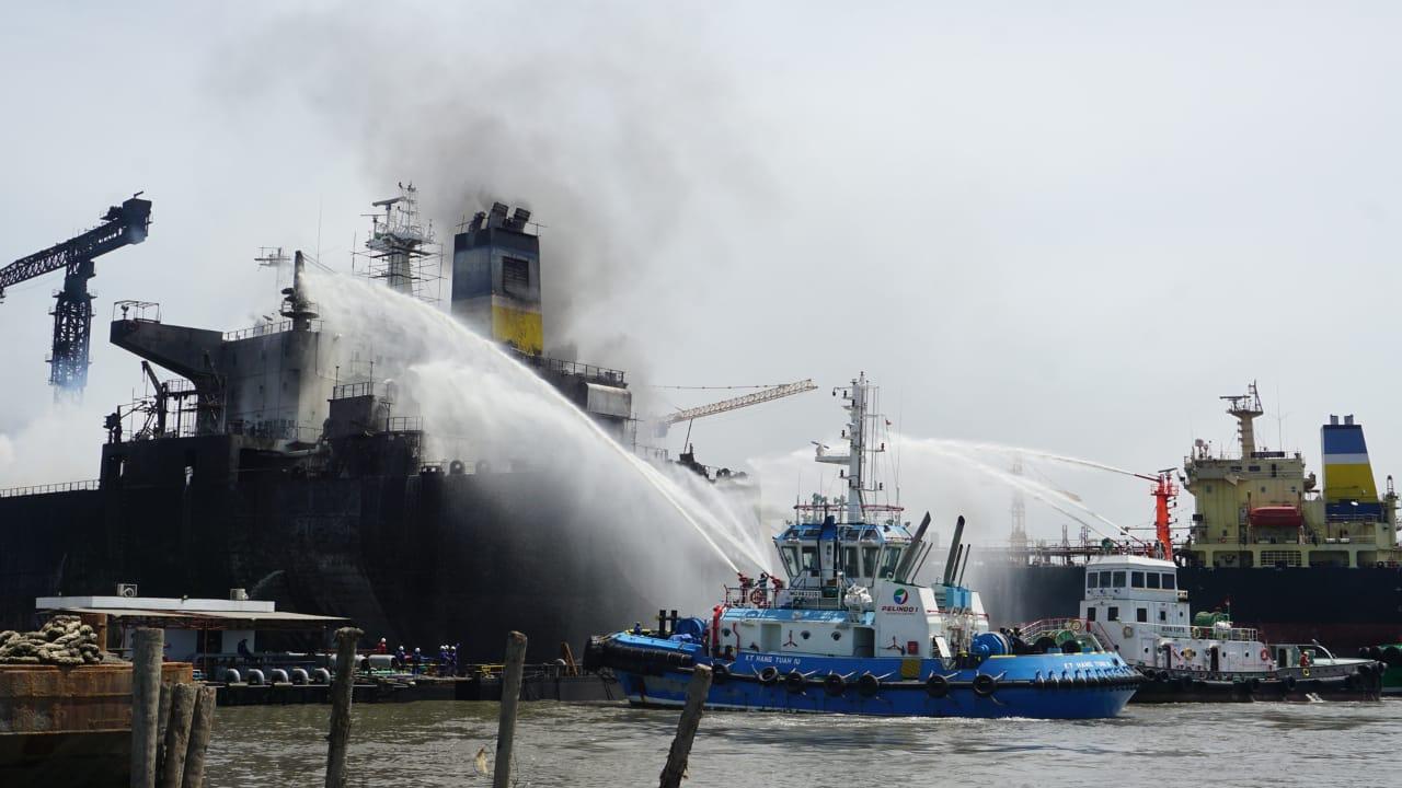 Jumlah Korban Kebakaran Kapal Tanker di Belawan Bertambah Menjadi 22 Orang