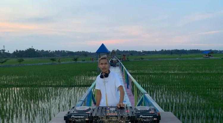 DJ Cliffrs Promosikan Pariwisata 'Tanah Kelahirannya' di Sumut