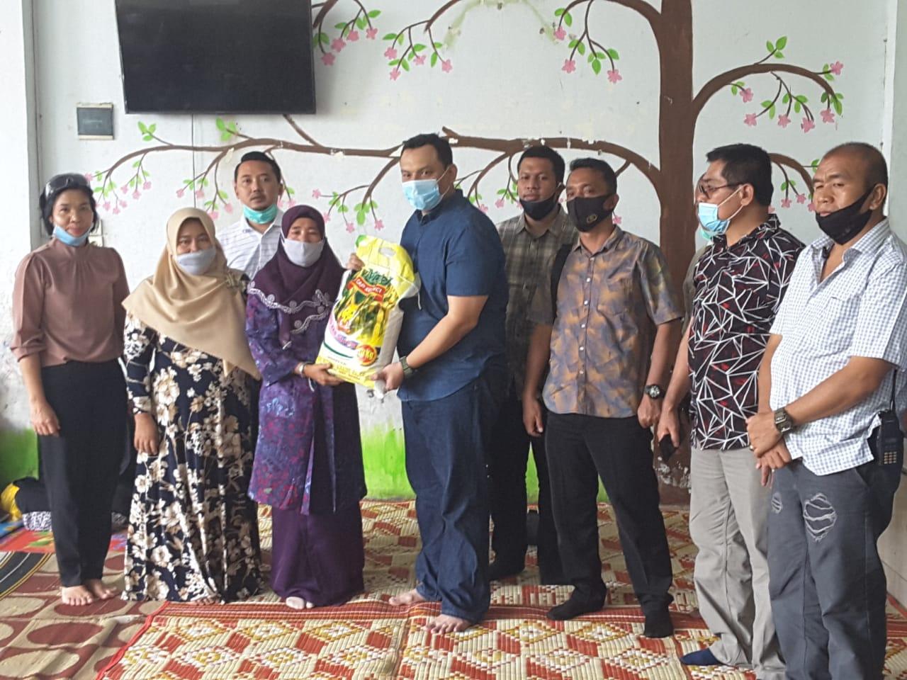Sambut HUT Bhayangkara ke-74, Sat Reskrim Polrestabes Medan Bakti Sosial di Panti Asuhan