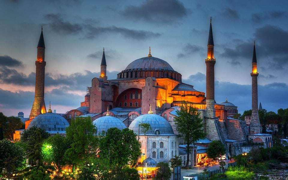 Hari Ini, Hagia Sophia Gelar Shalat Jumat Perdana Setelah 86 Tahun
