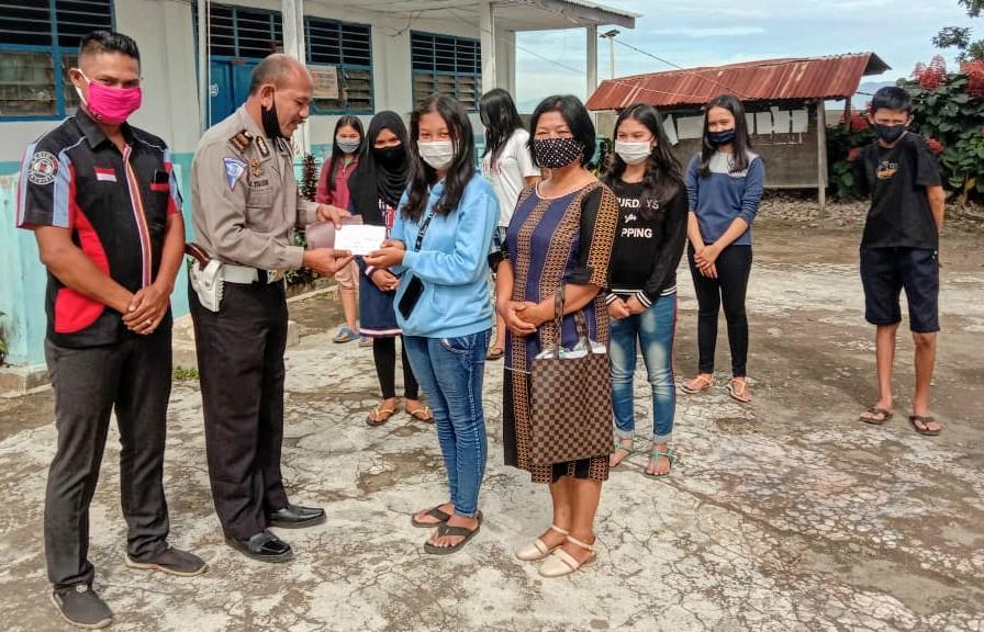 Alumni Apresiasi 14 Siswa SMPN Payung Batukarang Berprestasi Diterima di SMAN Favorit