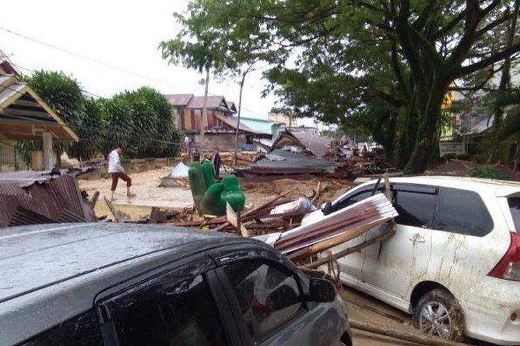 Banjir Bandang Masamba Tewaskan 5 Orang