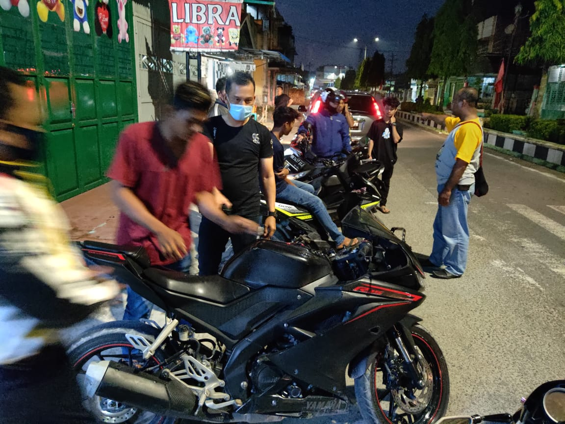 Polisi Bubarkan Balap Liar di Jalan Sudirman, 14 Kendaraan Ditilang