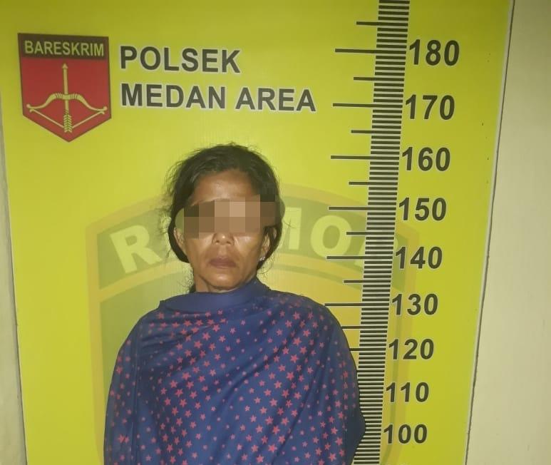 Wanita Ini Dipergoki Curi 2 Unit HP di Jl Medan Area Selatan