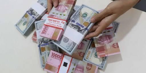 IHSG Naik 0,027%, Rupiah Melemah di Level 14.677 Per US Dolar