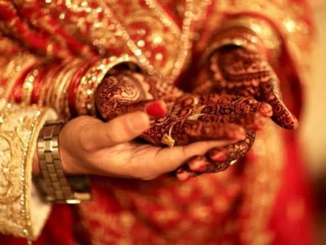 Aneh! Seorang Istri Ceraikan Suami Karena Terlalu Mencintainya