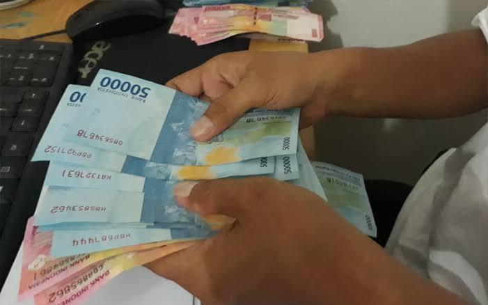 Tak Jadi Hari Ini, Penyaluran Subsidi Pekerja Rp 600.000 Ditunda