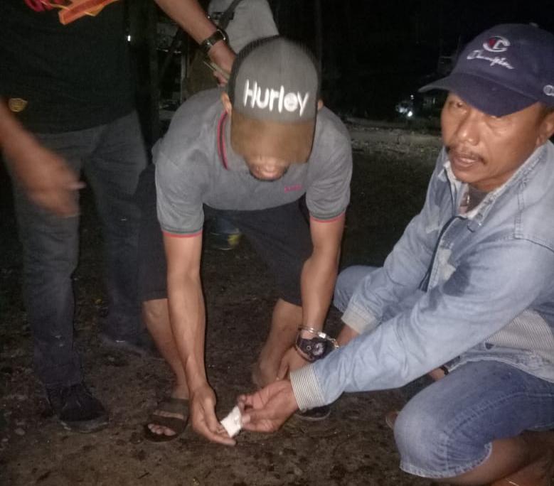 Disergap Polisi, 'Nyak Kur' Pengecer Sabu di Jl Yos Sudarso Langsung Buang Barang Bukti